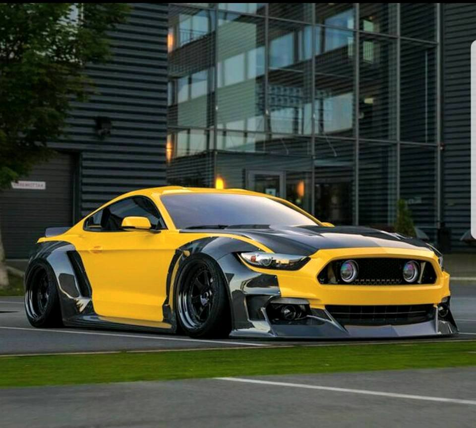 Clinched Ford Mustang Widebody