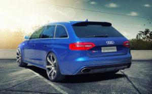 Audi RS4 Blau B8 Challenge Tuning News