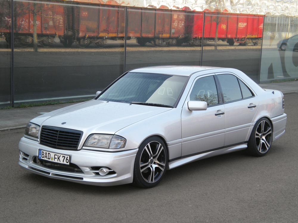 Mercedes C Kompressor  Performance