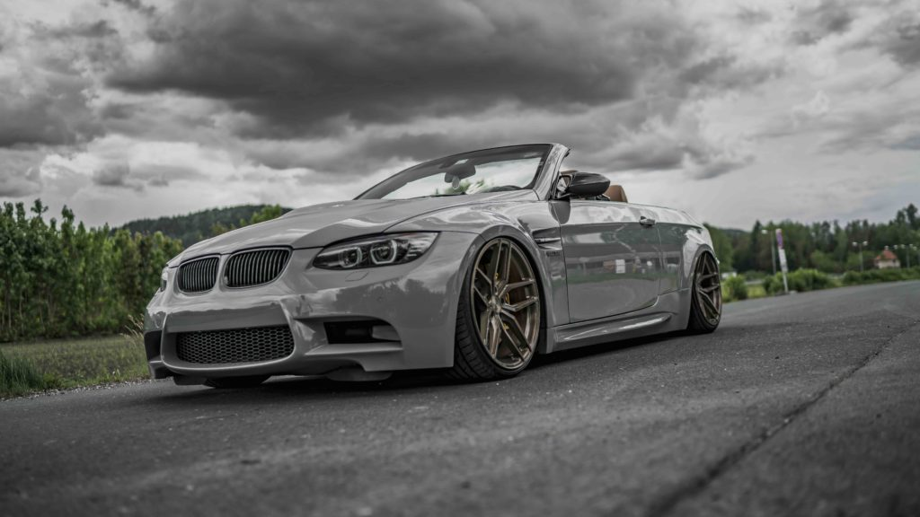 Italian 320i Meets Z Performance Eurotuner News