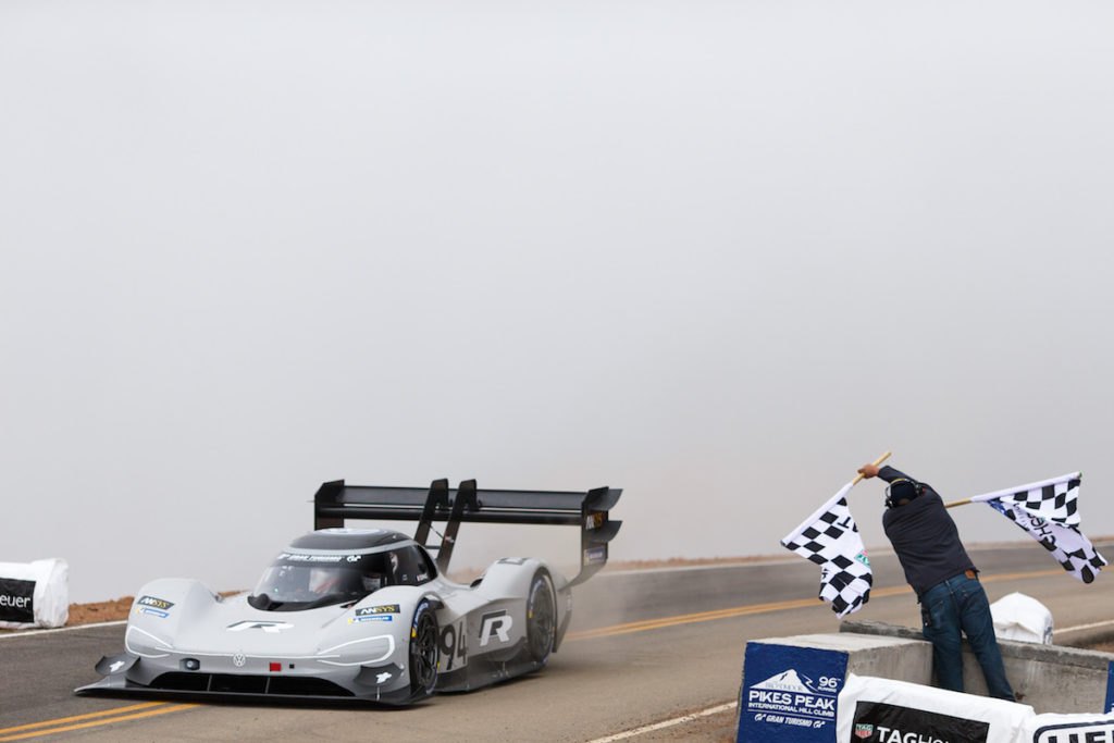 Pikes Peak International Hill Climb 2018 VW I.D. R Rekord Bestzeit