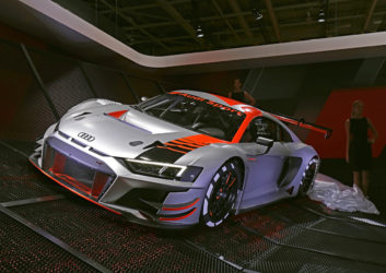 Mondial de l'Automobile 2018 Premiere Vorstellung Audi R8 LMS GT3-Rennwagen Evolution