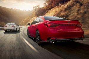 TRD Haustuner Toyota Avalon Camry Topmodelle Sportlimousinen Tuning USA Amerika Neuheit
