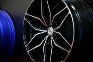 Essen Motor Show 2018 OXIGIN-Messestand Premiere Neuheiten Leichtmetallräder OX24 Oxroad CA16 Anton CA8 Liberty CARMANI