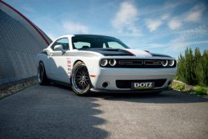 Dodge Challenger von DOTZ Tuning Wheels