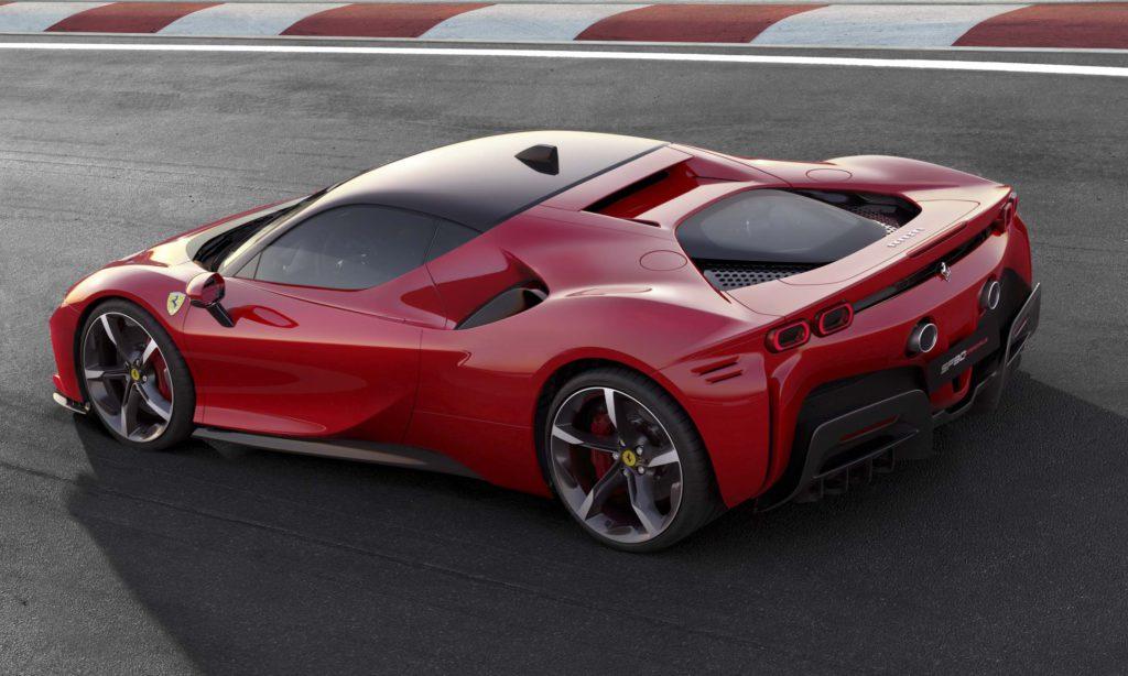 Ferrari SF90 Stradale - schnellste Straßen-Ferrari aller Zeiten!