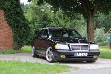 Topmodell AMG Mittelklasse Limousine Mercedes C 43 AMG W202 Tuning Veredlung