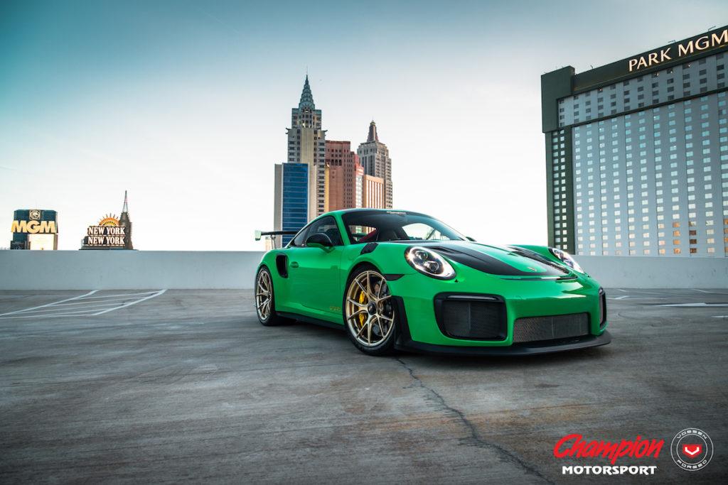 Champion Motorsport Vossen Tuning Veredlung Schmiederäder Felgen Sportwagen RS74 Porsche 911 GT2 RS