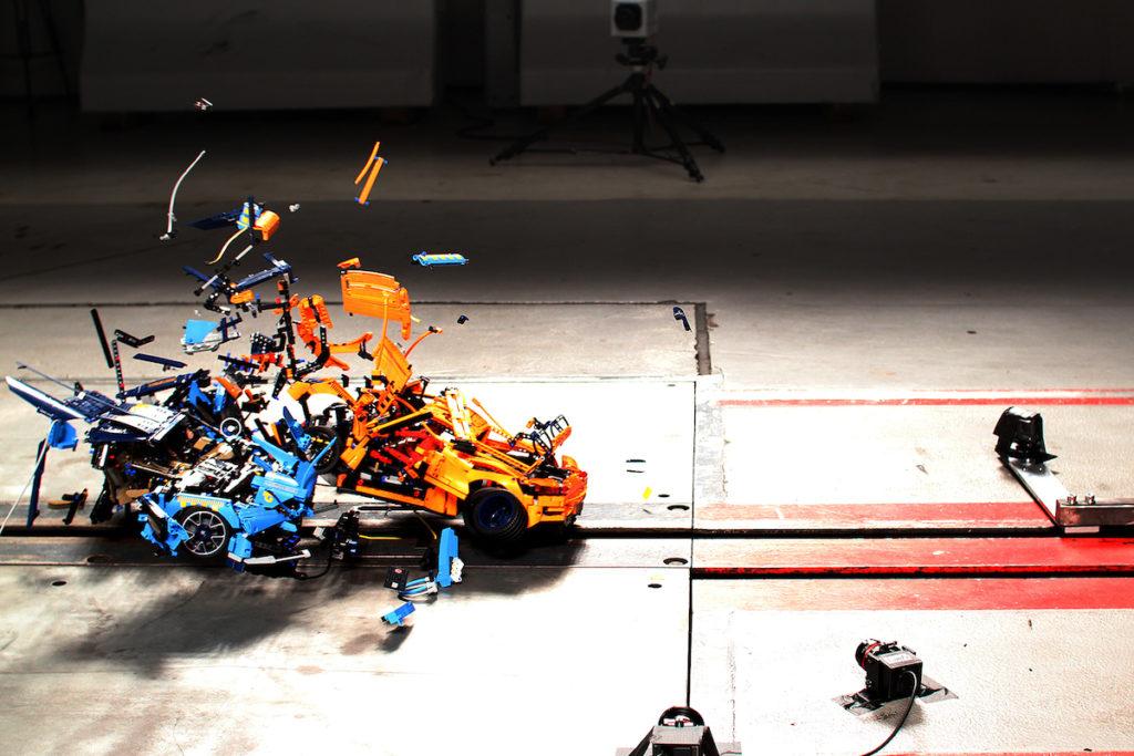 Lego Modellautos Bugatti Chiron Porsche 911 GT3 RS ADAC c't Crashtest Simulation