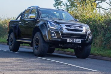 Isuzu D-Max Arctic Trucks AT35 Neuheit Pick-up Großbritannien