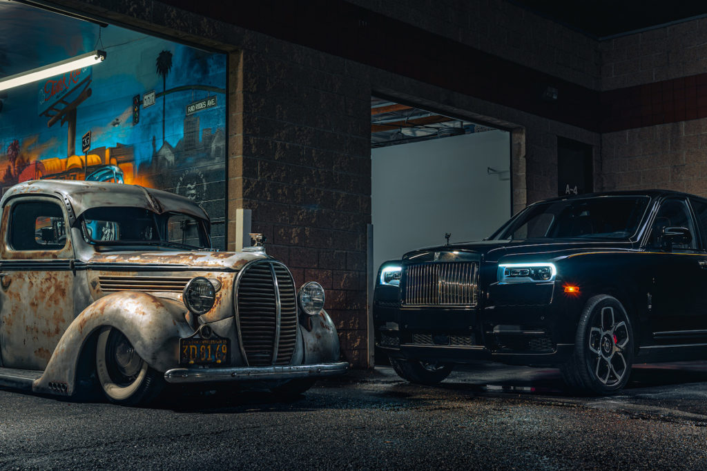 Los Angeles USA automobile Subkultur meets Rolls-Royce Cullinan Black Badge Nacht-Fotoshooting