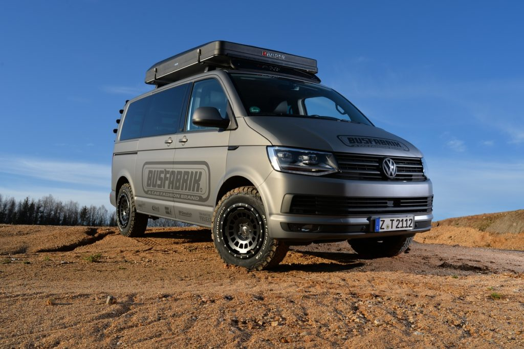 VW T6 Bus Tuning Offroad-Felge All-Terrain Twin Monotube Projekt AT HS Motorsport