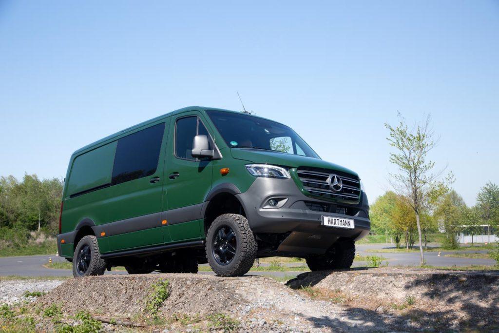 Hartmann VANSPORTS.DE Mercedes Sprinter 4x4 Offroader Allradantrieb Veredlung Tuning Felgen Bereifung Karosserieteile