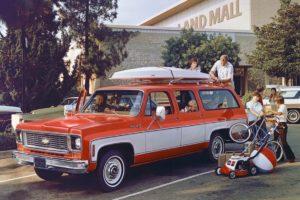 Chevrolet Suburban Jubiläum 85 Jahre US-Car SUV 1974