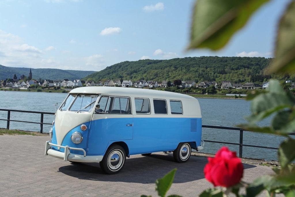 Schöntges Automobile Vollrestaursation Volkswagen Typ 2 T1 Bulli Oldtimer Klassiker VW-Bus Verkauf