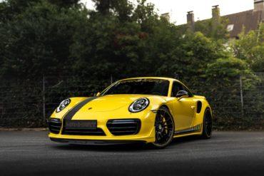 Porsche 911 Turbo S 991.2 Sportwagen Tuning Manhart Performance TR 850 Leistungssteigerung Tieferlegung Felgen Levella Folierung