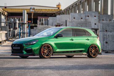 Hyundai i30 N Kompaktsportler Felgen Räder Cor.Speed Sports Wheels Kharma Flow Forming Tieferlegung Airride Luftfahrwerk Folierung Abgasanlage
