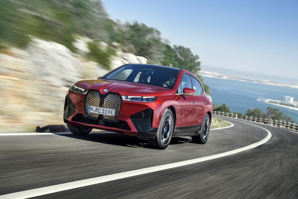 Elektroauto Neuheit BMW iX Sportpaket Vorstellung Premiere SUV Crossover iNEXT Serienmodell