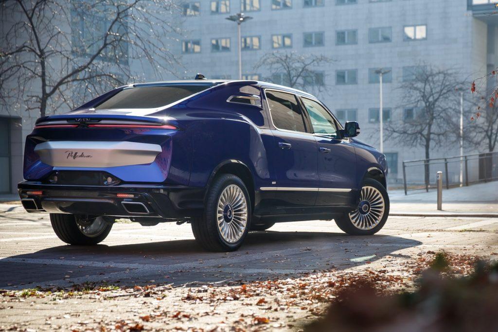 Coachbuilt-Kleinstserie auf Ram 1500-Basis Aznom Palladium Luxusliner Italien Biturbo-V8