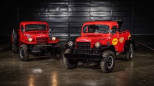 1946 Dodge Power Wagon und Power Wagon Wrecker (Abschlepper)