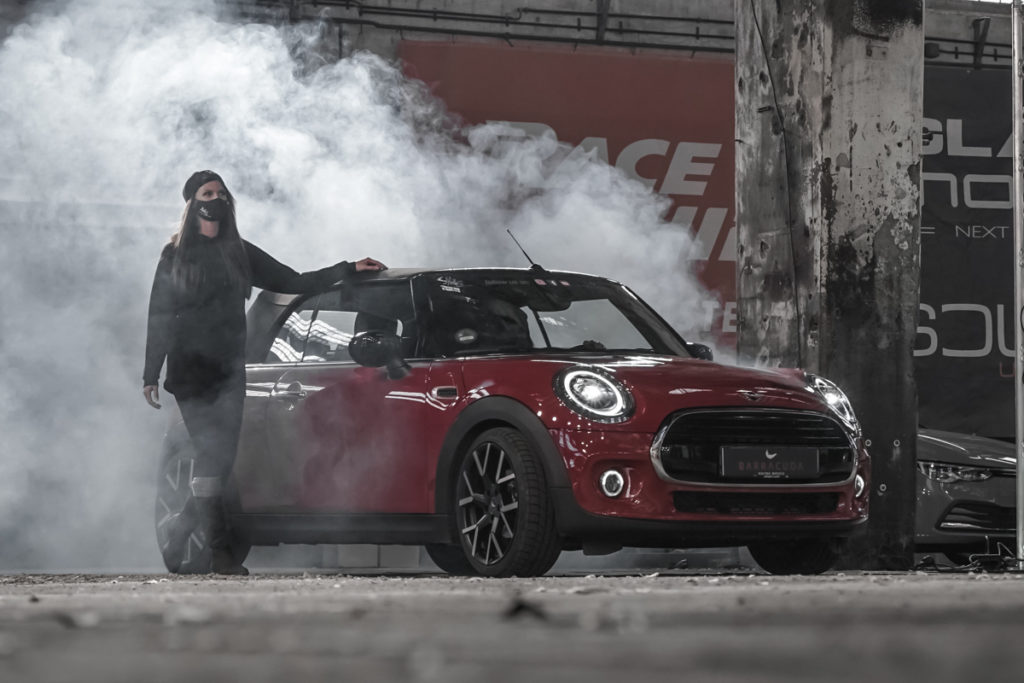 Mini Cooper Cabrio Barracuda Racing Wheels Tzunamee EVO Tuning Veredlung Tieferlegung