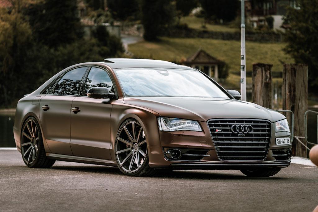Aerotechnik Fahrzeugteile Audi A8 4H Luxuslimousine Tuning Felgen Räder Cor.Speed Sports Wheels DeVille Tieferlegung Spurplatten