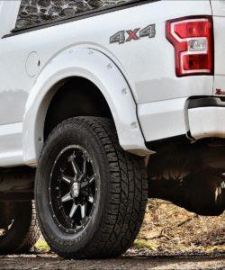 Ford F-150 Pick-up Truck Power-Parts Höherlegung SuperSize BDS 6 Zoll Crusher Felgen Räder 20 Zoll