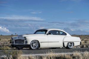 SEMA Show 2016 Tuning Showcar Restomod Ringbrothers Madam V 1948 Cadillac Fastback Coupe 2016 ATS-V US-Car Klassiker Oldie
