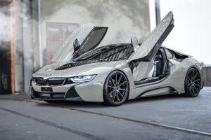 BMW i8 Coupé Hybrid-Sportwagen Tuning Veredlung Felgen Räder Barracuda Racing Wheels Ultralight Series Project 2.0 Tieferlegung H&R Vollfolierung Carbon Karosserieteile