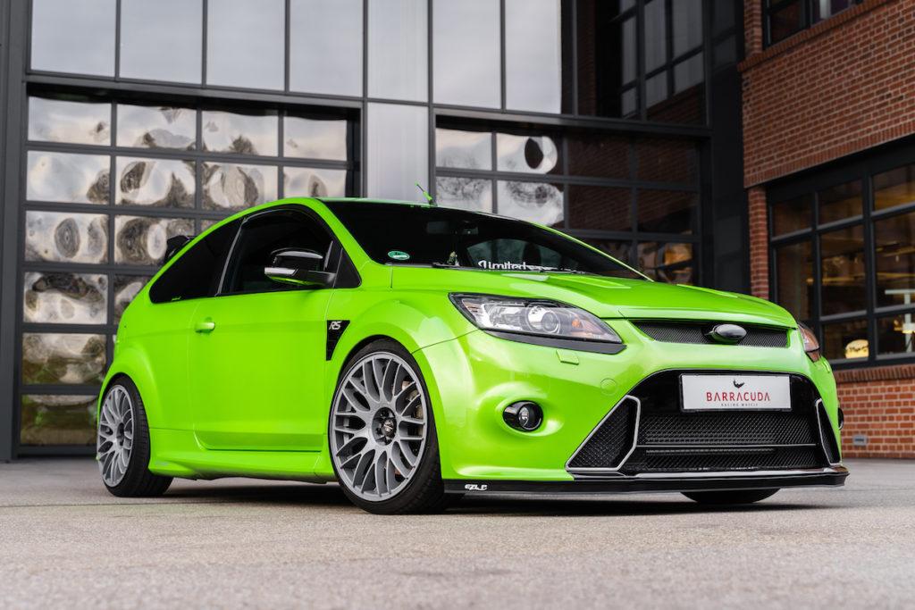 Ford Focus RS Tuning JMS Fahrzeugteile Felgen Räder Barracuda Racing Wheels Karizzma Abgasanlage Tieferlegung