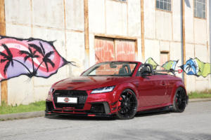 Audi TT RS Urban Motors