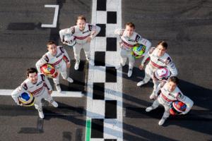 Audi #RaceHome Initiative Mike Rockenfeller eSports simRacing PlayStation 4 e-tron Vision Gran Turismo