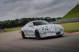 BMW M4 G82 Neuheit Teaser Prototyp Erprobungsfahrt Rennstrecke Topmodell Sportcoupé