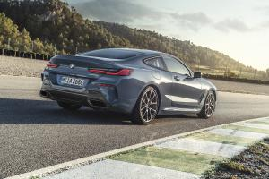 BMW 8er G15 Coupé M850i 2018 Luxusklasse