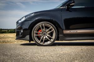 Barracuda Racing Wheels Suzuki Swift Sport Shoxx Räder Felgen Tieferlegung Abgasanlage