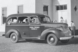 Chevrolet Suburban Jubiläum 85 Jahre US-Car SUV 1946