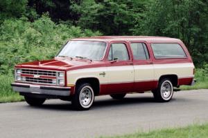 Chevrolet Suburban Jubiläum 85 Jahre US-Car SUV 1985