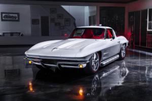 Corvette-Restomod-1