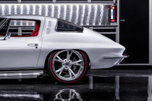 Corvette-Restomod-8