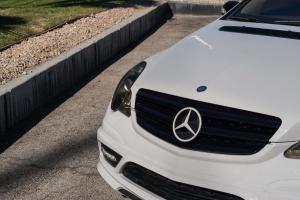 Mercedes R 500