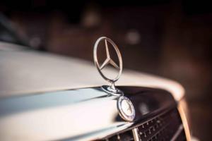 Classic Mercedes 190 (W201)