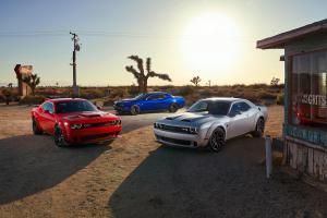Dodge Challenger SRT Hellcat Redeye R/T Scat Pack Widebody Facelift