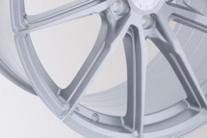 Elegance Wheels FF440 Felgen Neuheit Premiere Essen Motor Show 2019 hyper silber