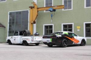Grill & BBQ Store Oberleiter.Racing Team Dodge Challenger SRT Hellcat Drag Racer Leistungssteigerung Muscle Car US-Car Coupé Chevrolet C10 Stepside Pick-up
