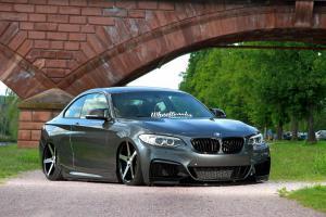 BMW F22 M235i