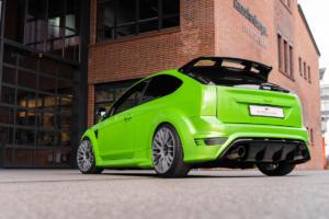 JMS Fahrzeugteile Ford Focus RS Tuning Barracuda Karizzma Felgen Tieferlegung Abgasanlage Sportsitze