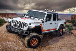 Jeep JT Scrambler 1
