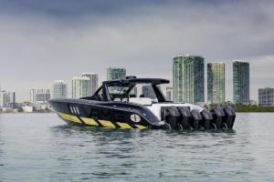 59' Tirranna AMG Edition High-Performance-Boot Speedboat Yacht