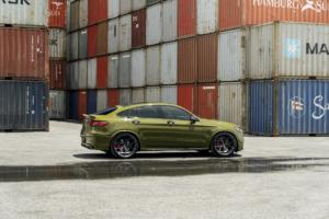 Mercedes-AMG GLC 63 S Tuning Felgen Vossen HF-5 Folierung Tieferlegung USA SUV-Coupé Topmodell