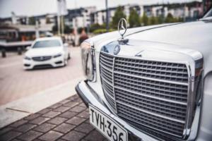 Mercedes-Benz W115 220 D & Mercedes-Benz W212 E 220 CDI